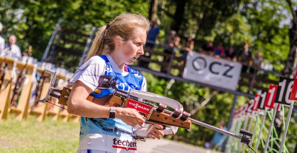 Juniorka Dagmar Dvořáková ze střelky Brno se zařadila mezi devět dvojnásobných vítězů