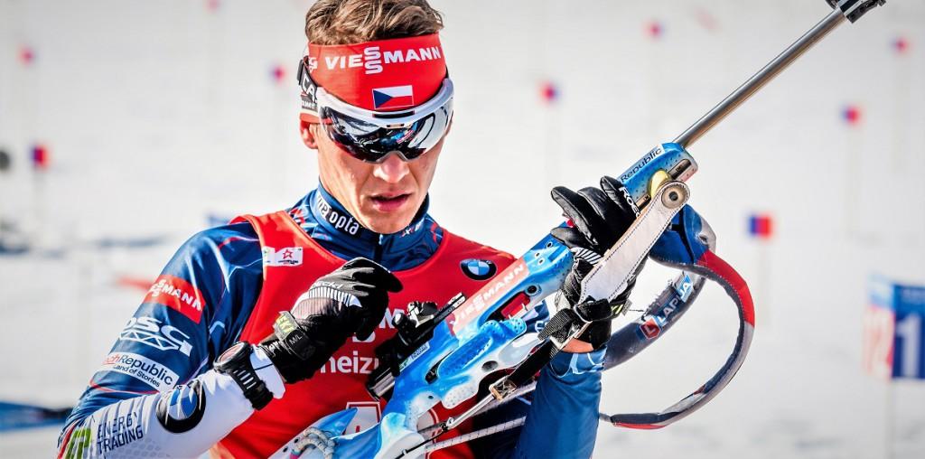Adama Václavík dělá po zlomenině nohy rychlé pokroky. Stejně jako během únorového MS ani nyní nebude v Hochfilzenu chybět.
