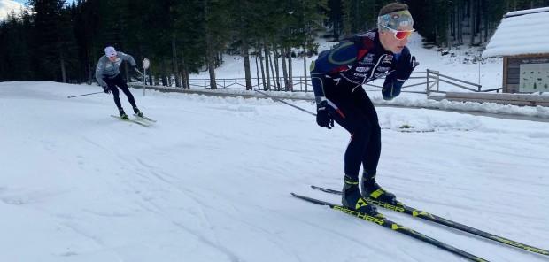 Muži už lyžují v Pokljuce, ženy v Anterselvě zatím jezdí na kolečkových lyžích