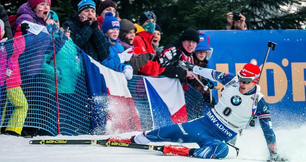 Dnes už slavný pád Ondřeje Moravce během stíhacího závodu... Následovalo krásné čtvrté místo ve závodě s hromadným startem