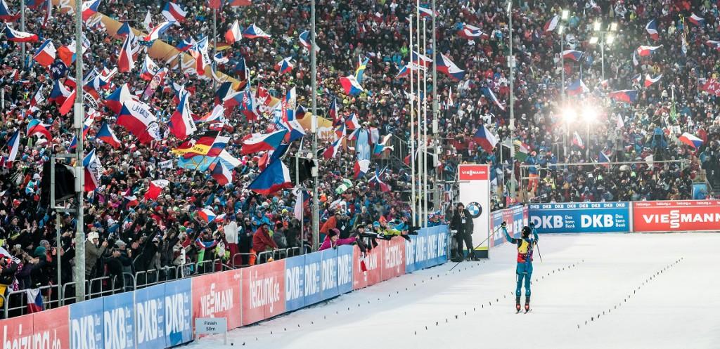 Sdílené nadšení z biatlonu. Martin Fourcade a novoměstské publikum