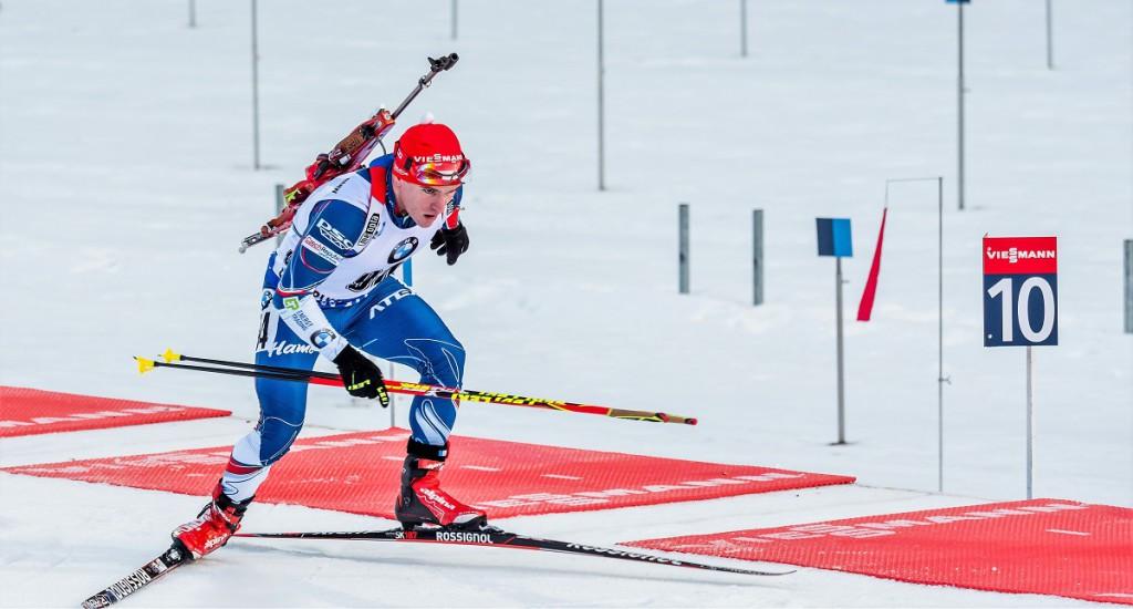 Ondřej Hošek v dnešních štafetách obstál. Jeho odstup na I. úseku 47,6 sekundy byl výrazně menší, než odstup Michala Šlesingra v Hochfilzenu (2:23,8) nebo Tomáše Krupčíka v Oberhofu (3:08,7)