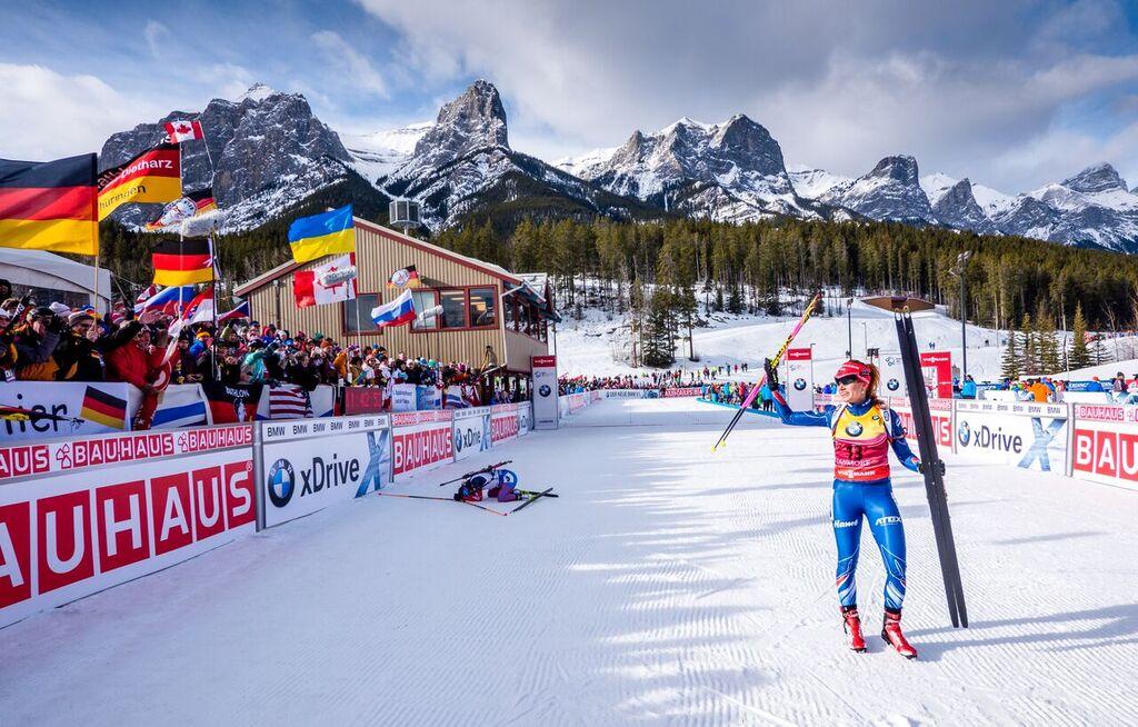Gabriela Soukalová v cíli závodu v kanadském Canmore. Foto: Český biatlon, Petr Slavík